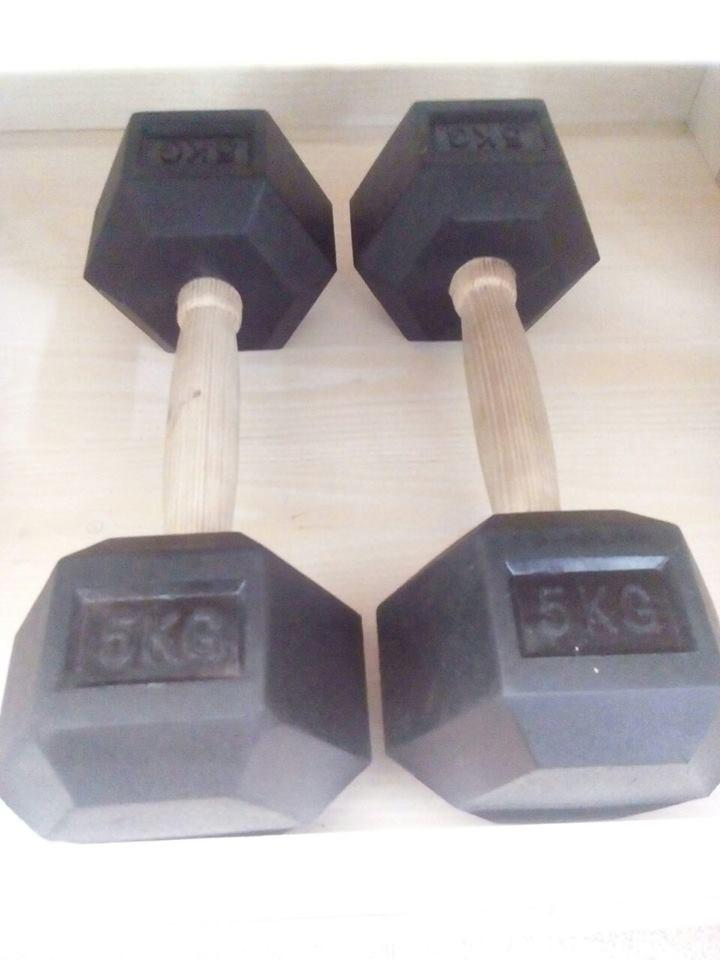 Дъмбел хексагонален 5 kg/1бр.